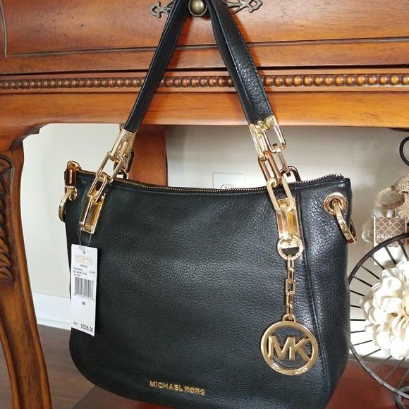 be8dd6bb2ff9 Michael Kors Brooke handbag NWT Black pebble. M_5bddecbe409c15b08b54a8fa